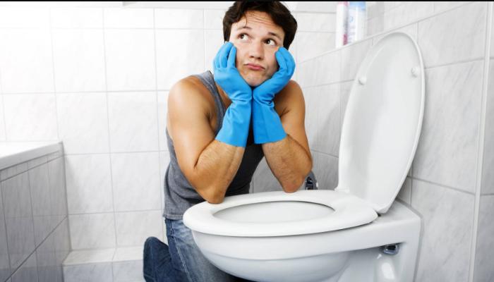 cómo quitar las manchas amarillas del inodoro