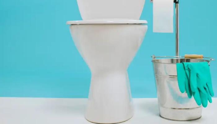 cómo quitar manchas amarillas del inodoro