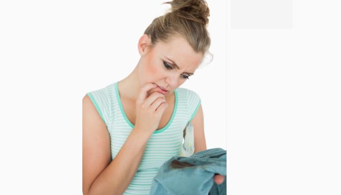 cómo quitar el pitauñas de la ropa
