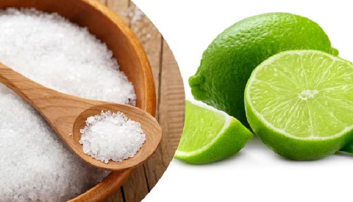 Sal y limón para quitar el moho de la ropa: