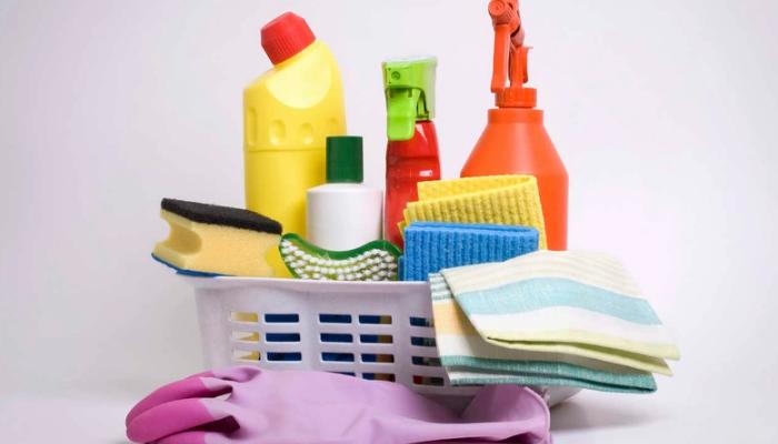 Cómo quitar manchas de sangre seca del colchón con métodos caseros
