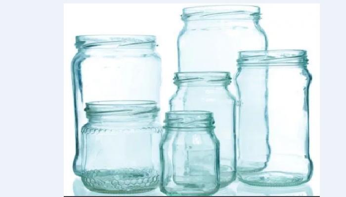 Cómo quitar restos de pegamento de los vidrios