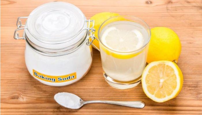 Zumo de Limón, Crema Tártara y Bicarbonato de Sodio para quitar óxido de la bañera