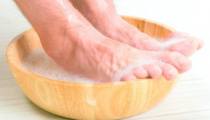 Cómo quitar las durezas de los talones en la comodidad de tu casa: