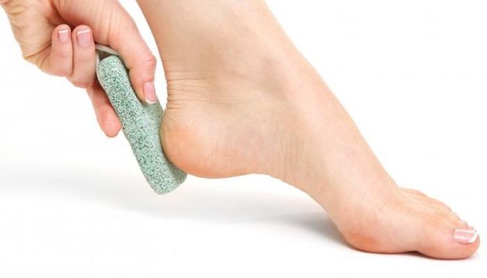 Consejos para el cuidado de los talones y los pies: