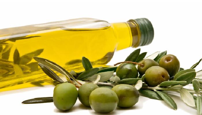 Cómo quitar los piojos con aceite de oliva