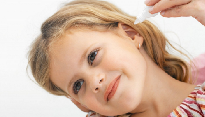 Solución Salina para quitar mocos del oído
