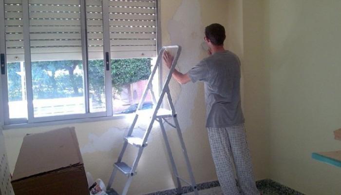 Cómo quitar pintura de las paredes