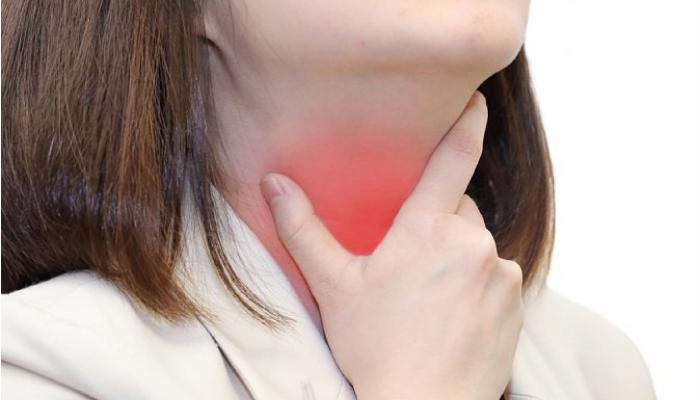 Cómo quitar el picor de la garganta.