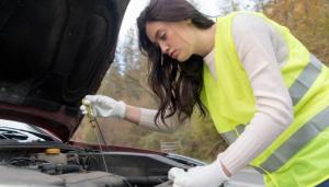 Cómo quitar manchas de grasa de motor de manera efectiva