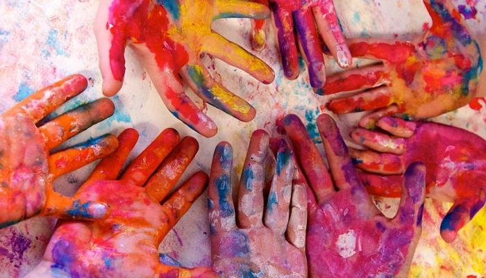 Cómo quitar pintura de las manos