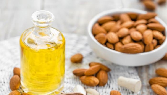 Aceite de almendras y vitamina E, para quitar una garrapata a un gato