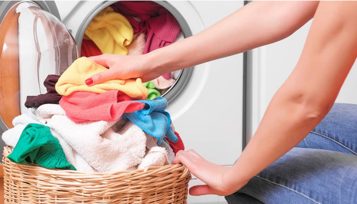 Consejos prácticos para evitar el desteñido y conservar los colores de la ropa siempre vivos