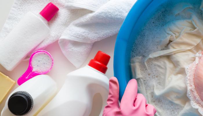 Peróxido de Hidrogeno y Detergente para lavar