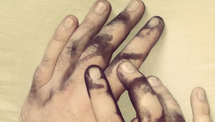 Cómo quitar tinta de las manos sin maltratarlas