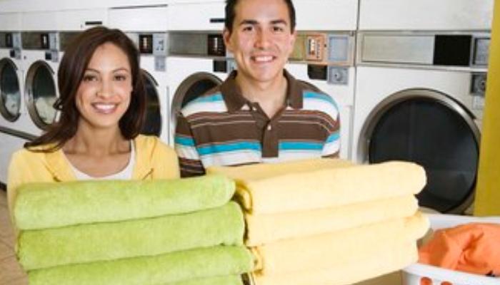 3 trucos que no fallan para quitar el desagradable olor a humedad de las toallas
