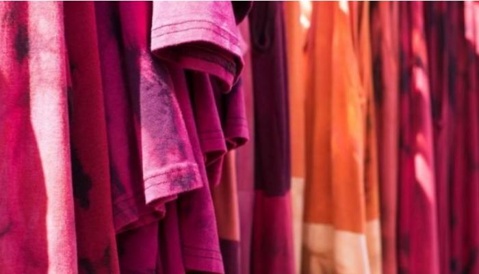 Soluciones efectivas de Cómo quitar las manchas de ropa teñida por otra, rápidamente