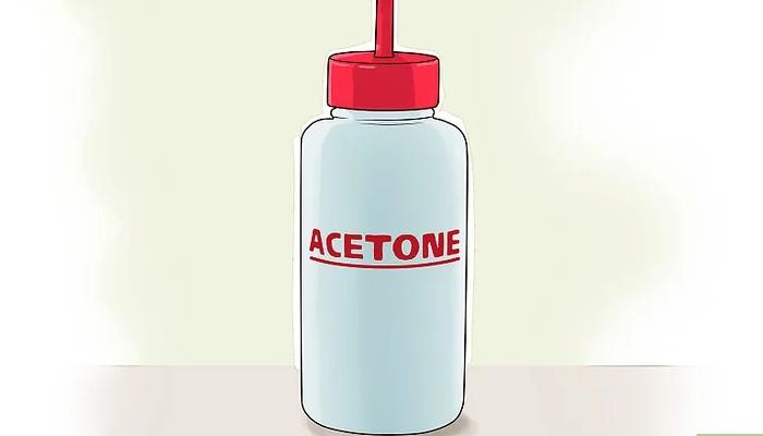 Acetona para quitar pintauñas de la ropa