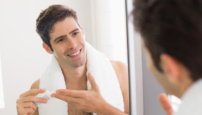 Cómo quitar las ojeras en hombres