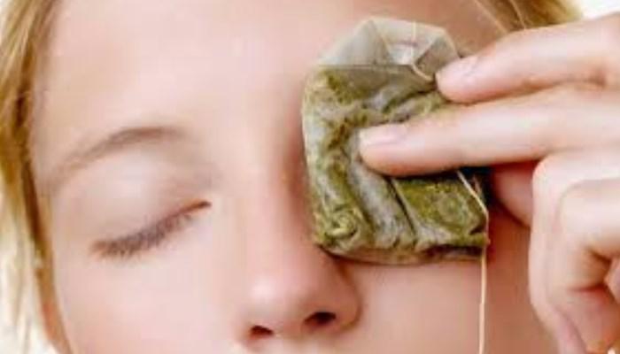 Cómo quitar las ojeras con bolsas de tè