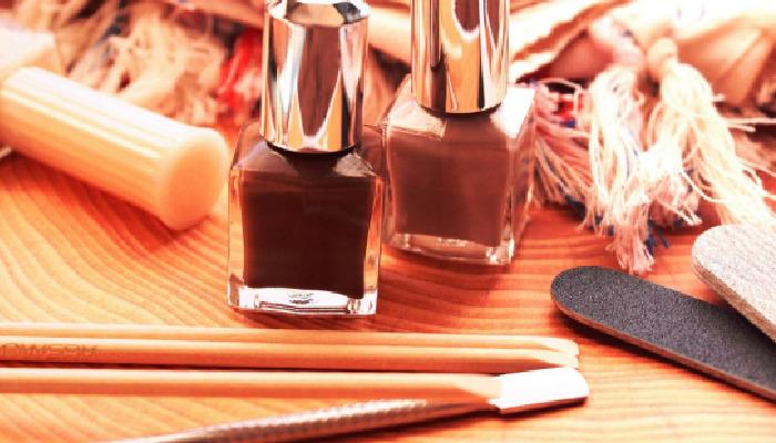 Cómo quitar uñas semipermanentes de manera ordenada
