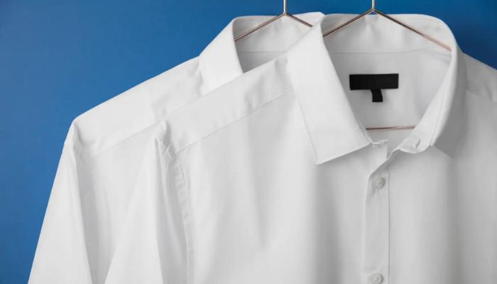 Cómo quitar manchas de tinta en ropa blanca
