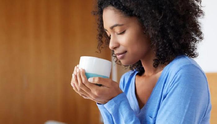Una taza de café por la mañana de permitirá aliviar los síntomas del estreñimiento