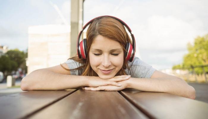 Escuchar música es una excelente decisión para eliminar los nervios